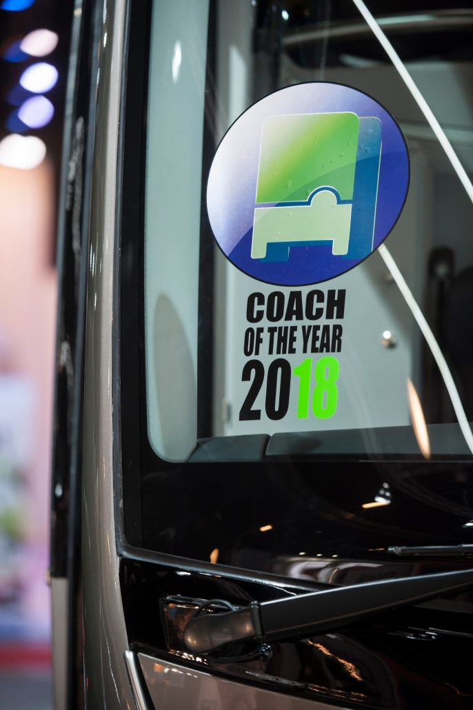 Defacto Irizar Coach of the Year 05 686x1030 1 DEFACTO